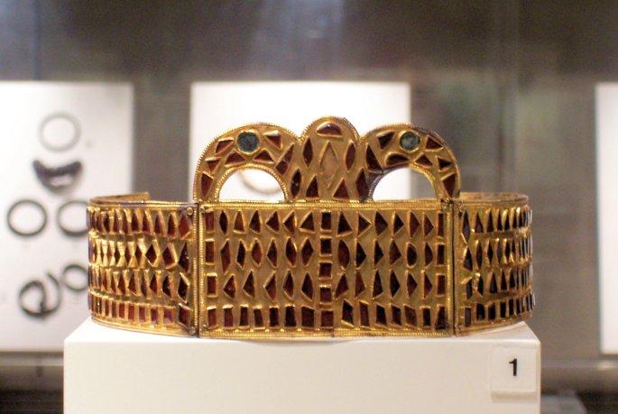 Gothic Crown Gold and Garnet