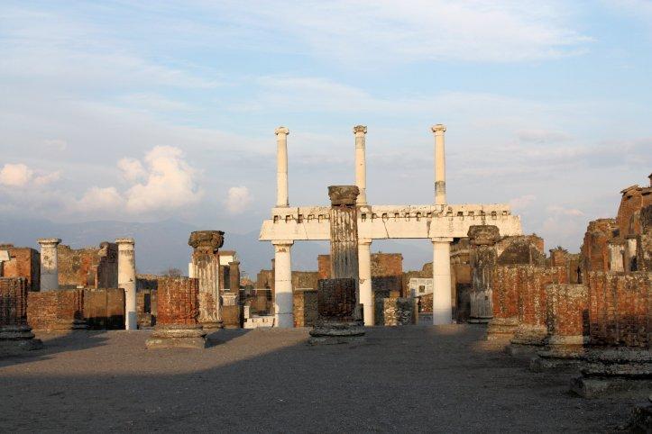 Pompeii (2)
