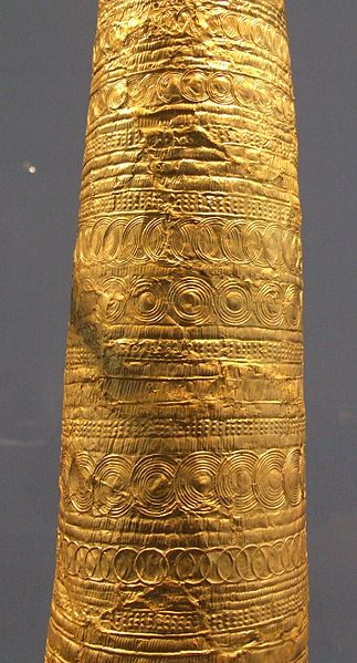 Golden Cone of Eseldorf  Buch Wikipedia Image